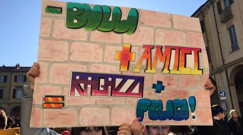 Giornata contro il Bullismo – Le scuole di Tortona unite in un messaggio corale!